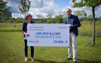 Remise de chèques de l'action Espoir en tête des Rotary Clubs luxembourgeois