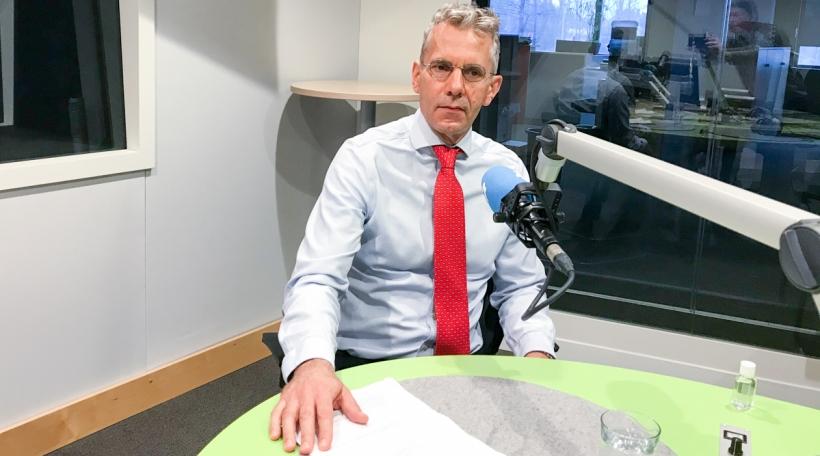 Radio 100,7 – De Staatslabo plangt «10.000 Anti-Kierper-Tester am Mount»